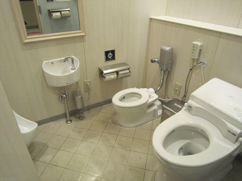 おやこトイレ