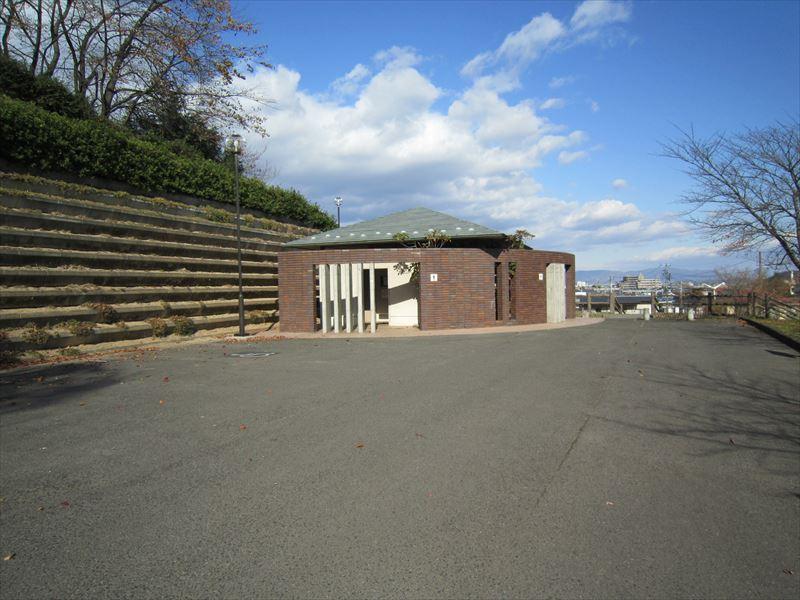 弁天山公園(東口)