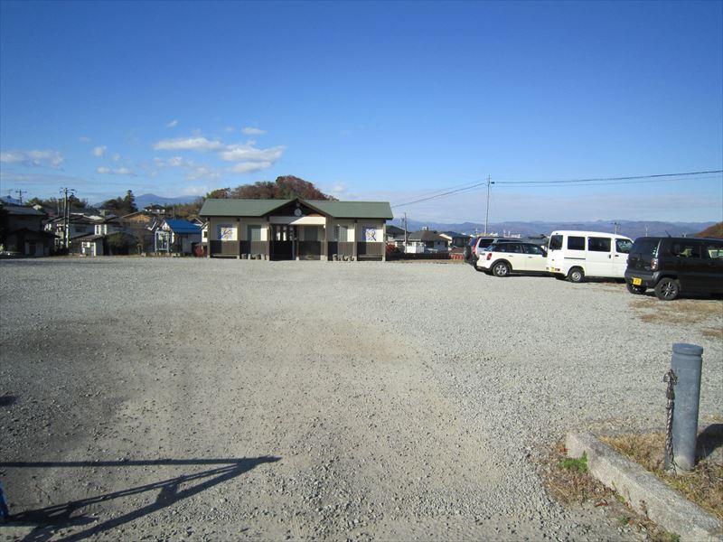 見山ウォーキングトレイル駐車場