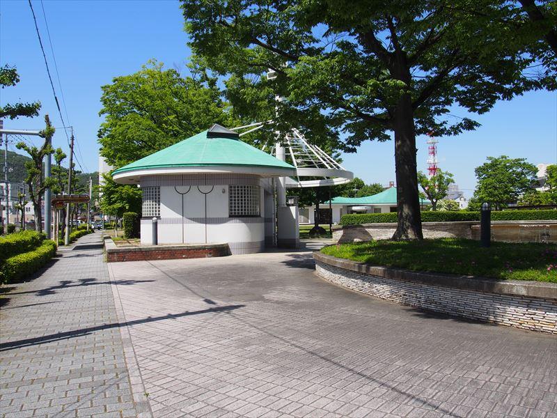 新浜公園トイレ