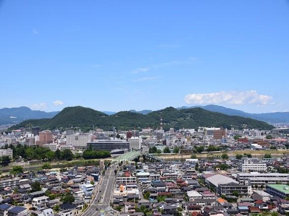 信夫山(しのぶやま)