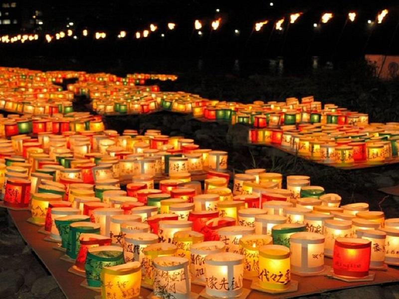 福島とうろう流し花火大会