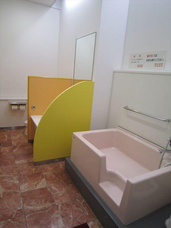 1階幼児用トイレ