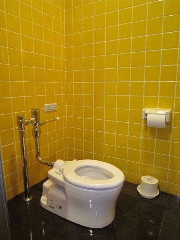 ちいさなこどもたち用トイレ