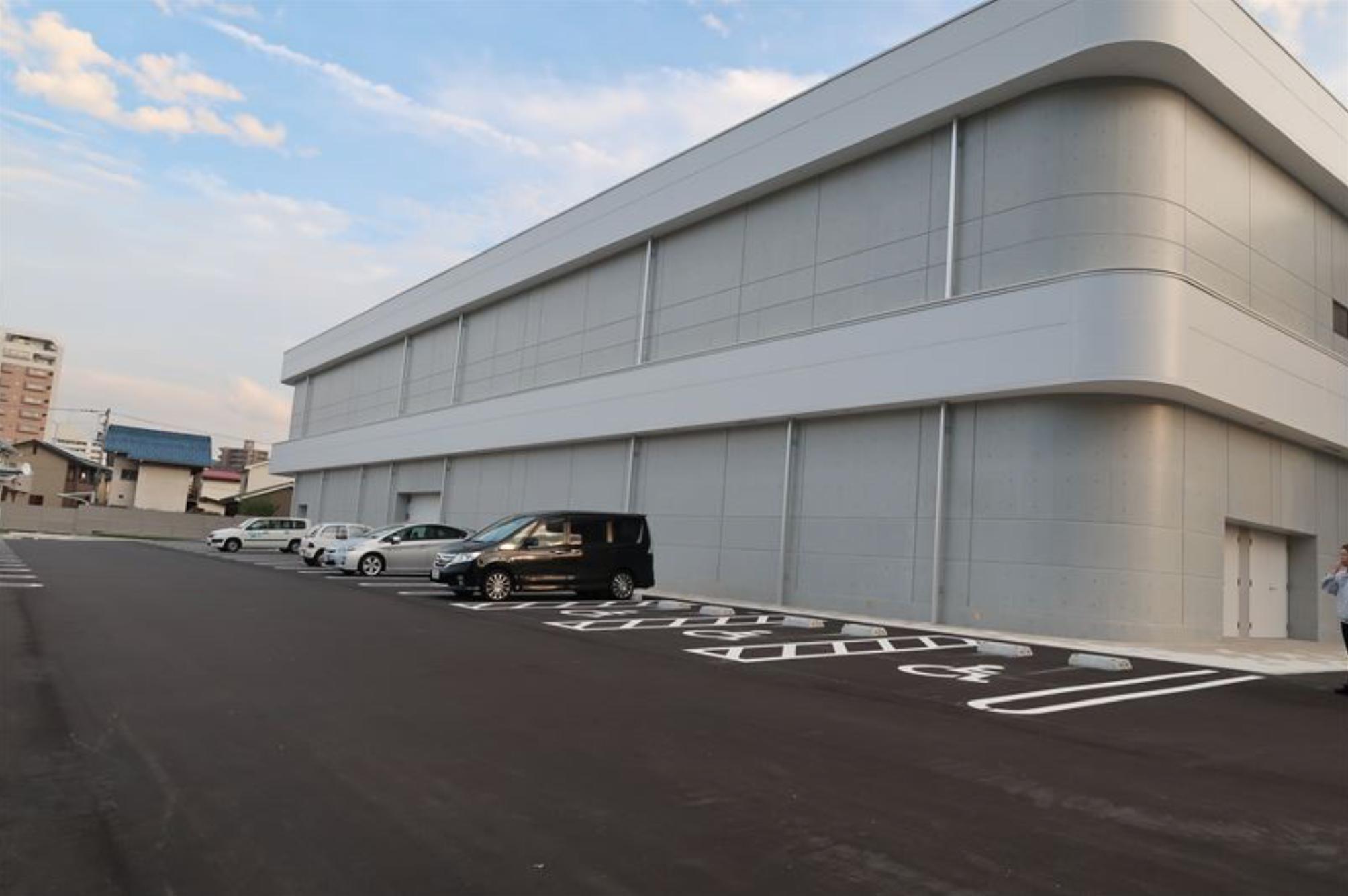 一般車駐車場130台