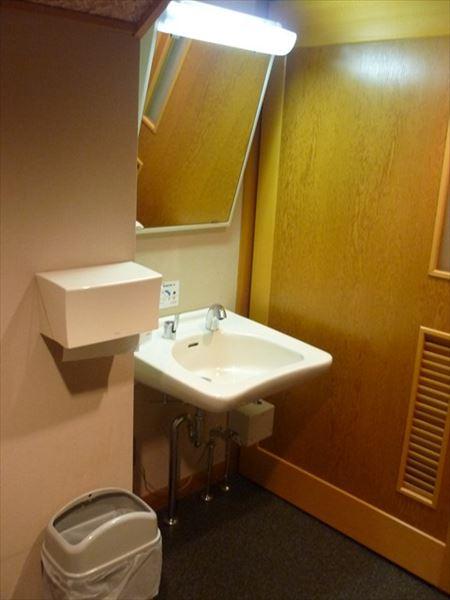 車いす対応トイレ画像2
