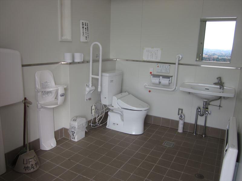 女子トイレ兼用