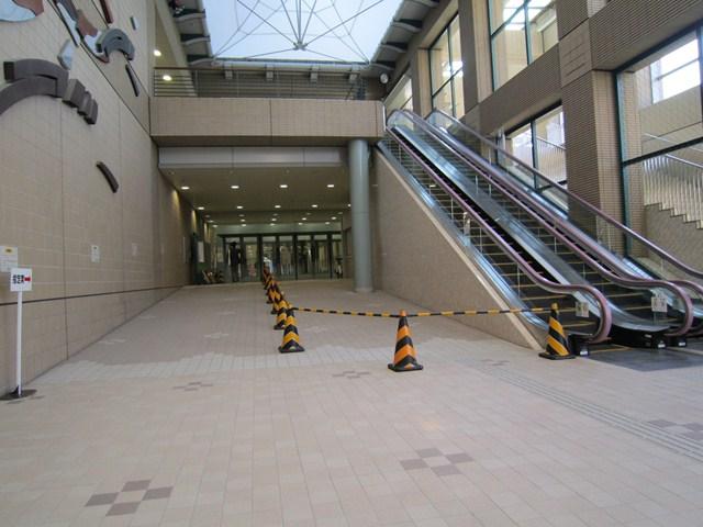 中央口(1階)