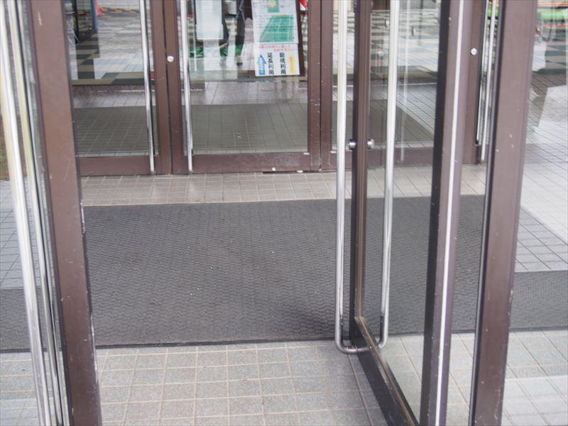 開き戸2枚
