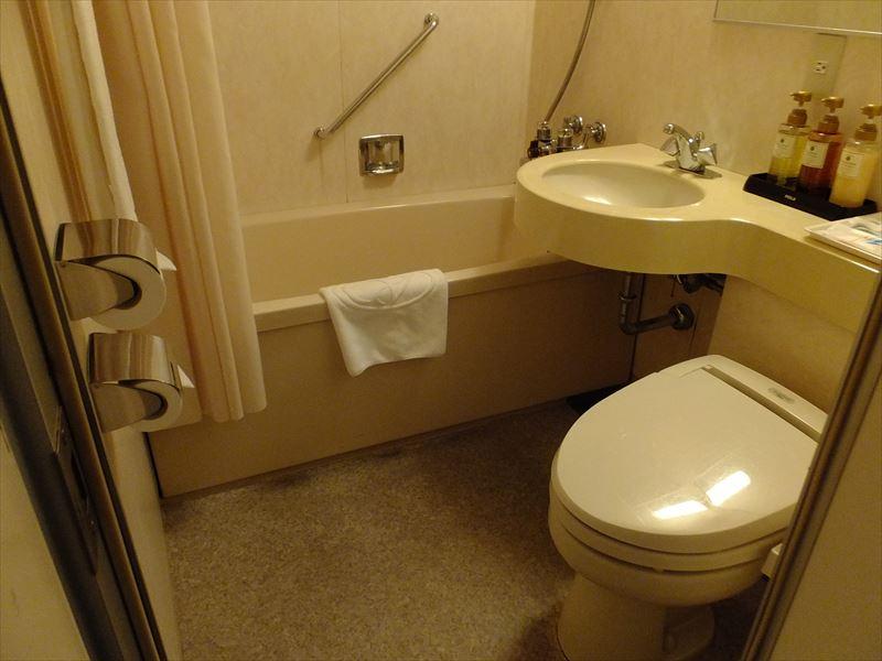 客室(バスルーム)