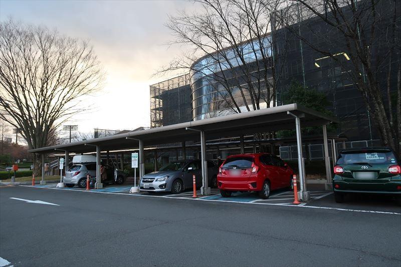 障がい者用駐車場5台