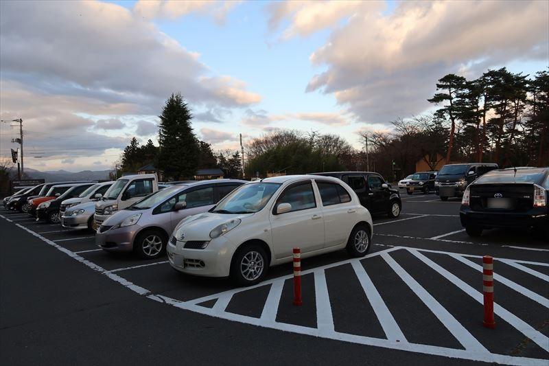 一般車駐車場136台