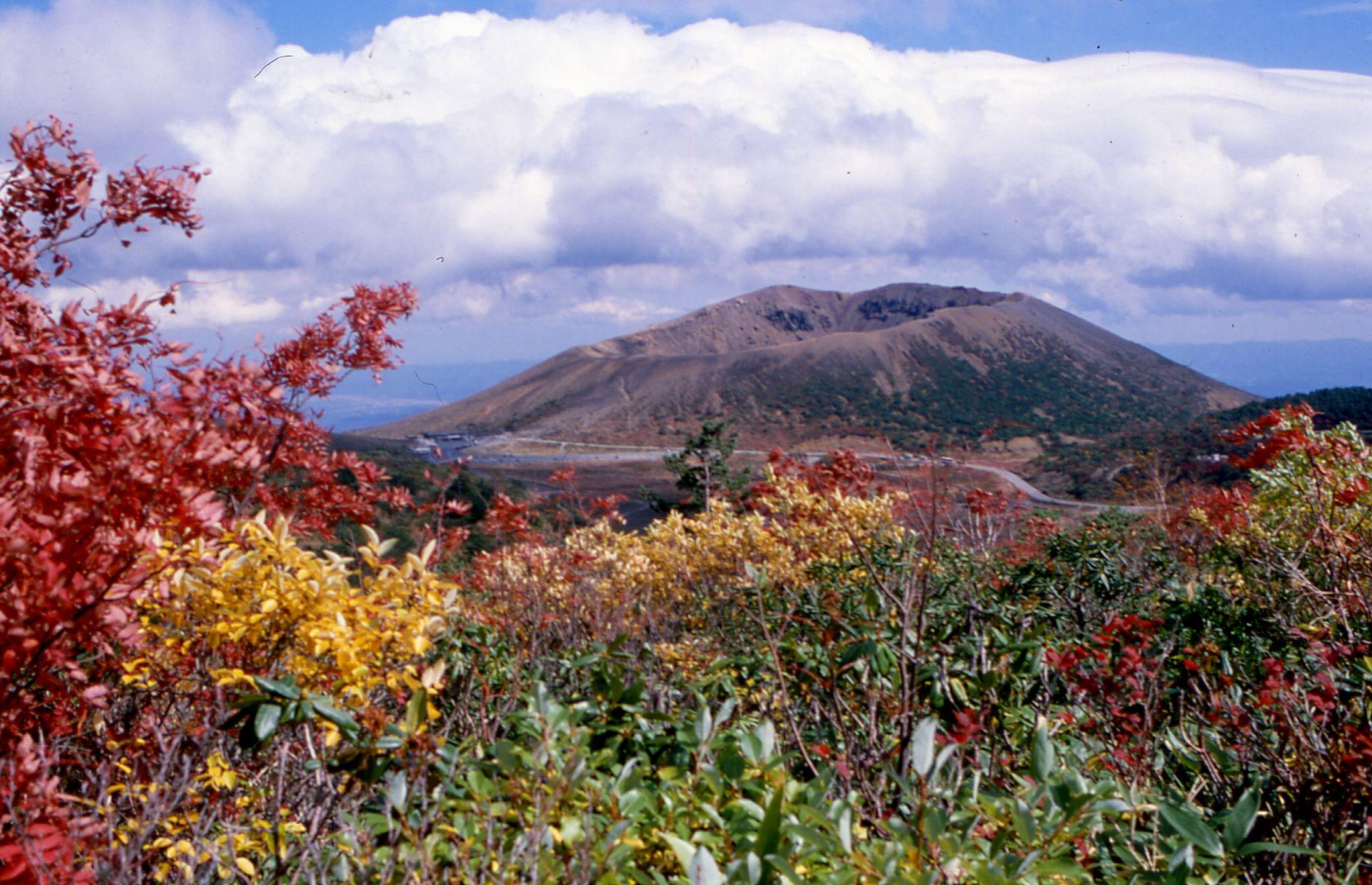 浄土平(磐梯吾妻スカイライン)の紅葉、今年は9月下旬から