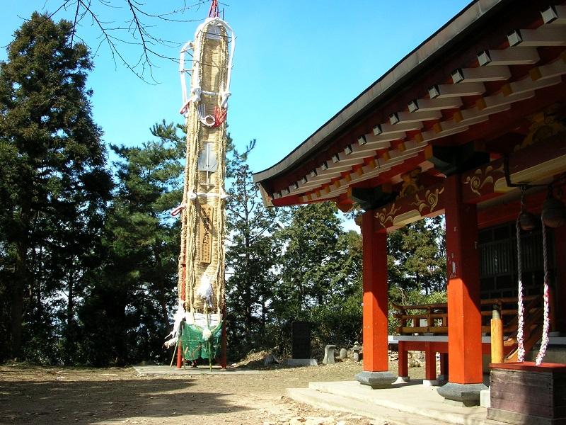 羽黒神社と大わらじ